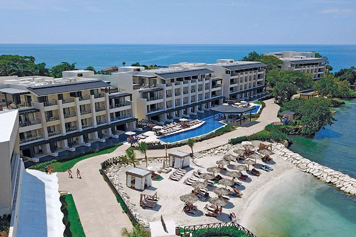Hideaway at Royalton Negril 2